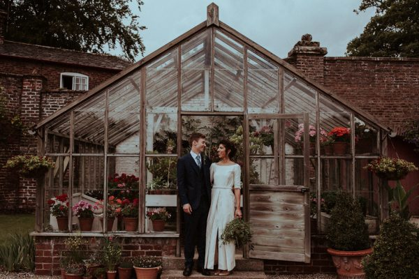 this-couple-put-a-natural-spin-on-their-sledmere-house-barn-wedding-23