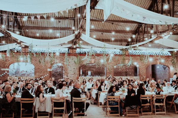 this-couple-put-a-natural-spin-on-their-sledmere-house-barn-wedding-30