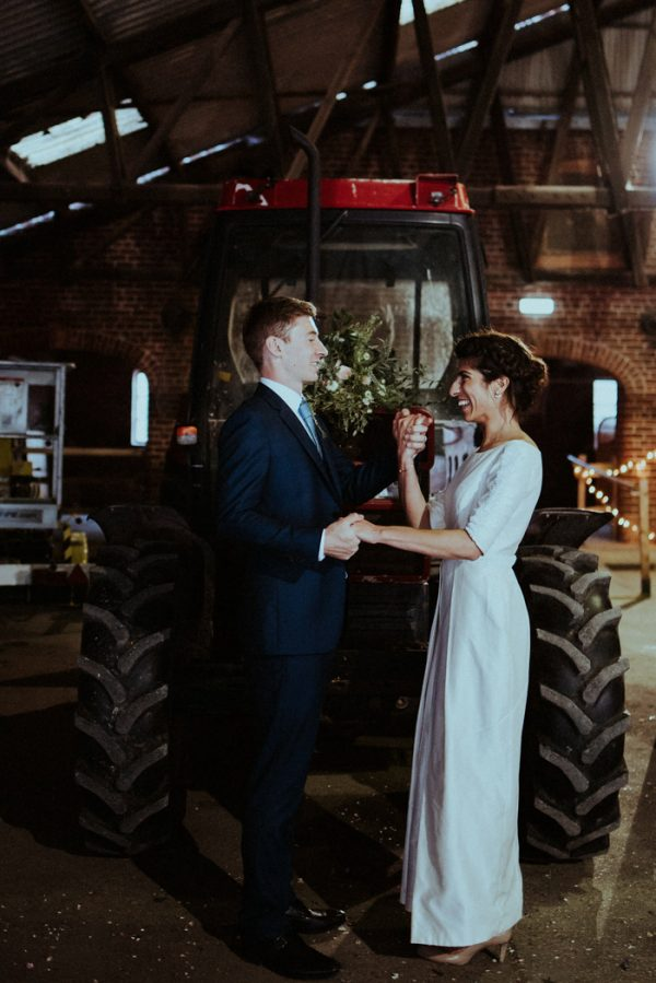 this-couple-put-a-natural-spin-on-their-sledmere-house-barn-wedding-33