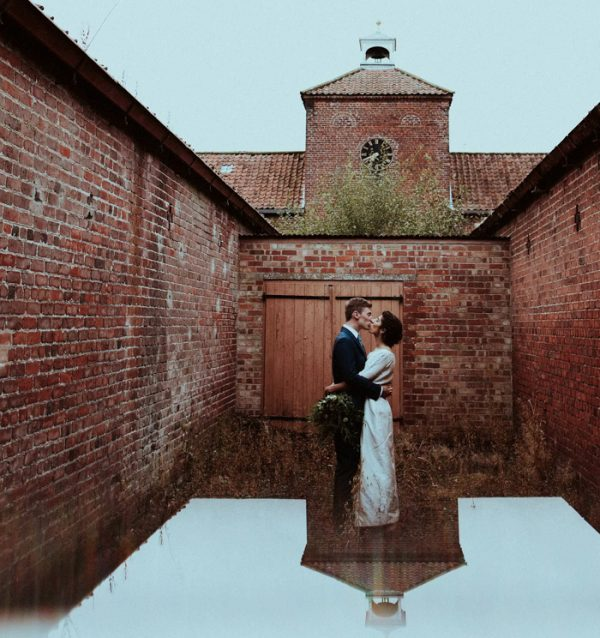 this-couple-put-a-natural-spin-on-their-sledmere-house-barn-wedding-35