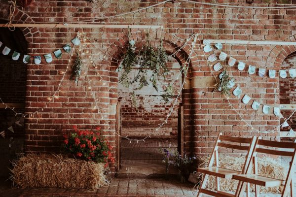 this-couple-put-a-natural-spin-on-their-sledmere-house-barn-wedding-9