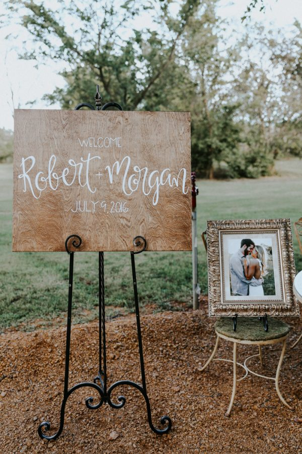 this-fall-wedding-at-southwind-hills-seamlessly-blends-bold-and-soft-styles-19