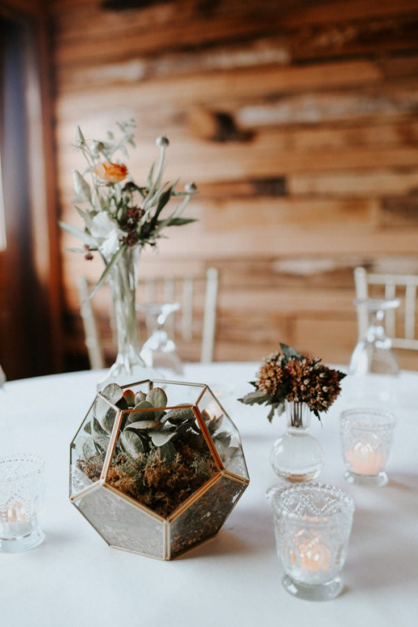 this-fall-wedding-at-southwind-hills-seamlessly-blends-bold-and-soft-styles-35
