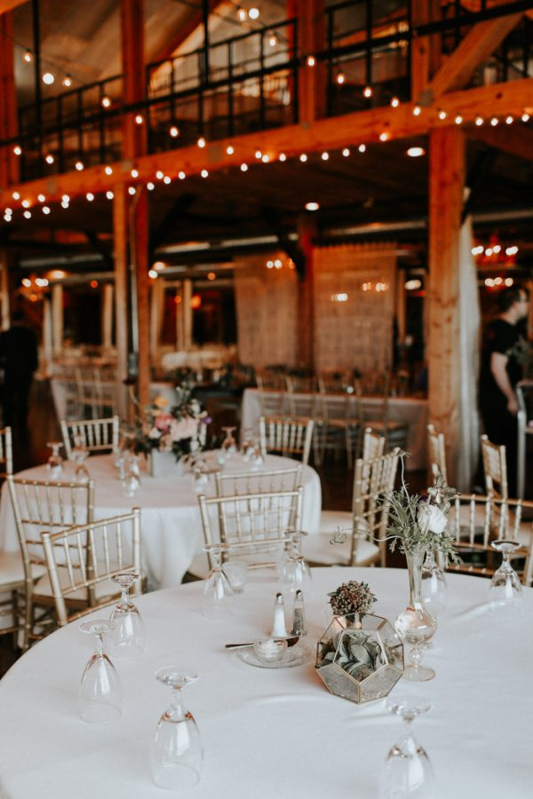 this-fall-wedding-at-southwind-hills-seamlessly-blends-bold-and-soft-styles-37