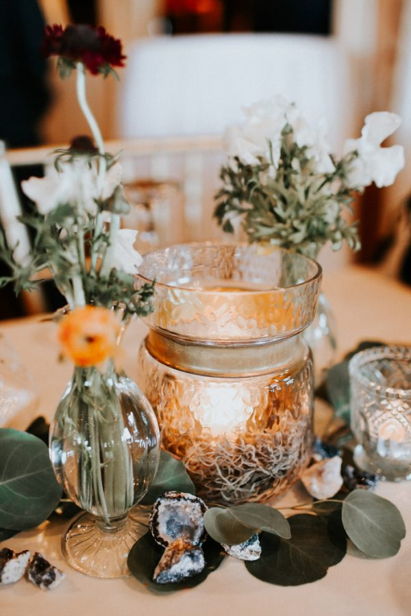 this-fall-wedding-at-southwind-hills-seamlessly-blends-bold-and-soft-styles-40