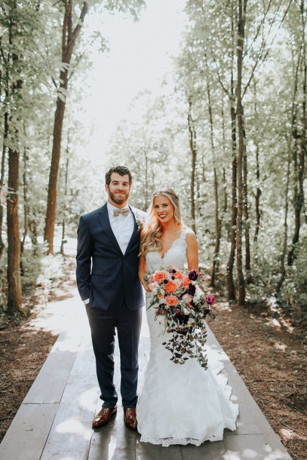 this-fall-wedding-at-southwind-hills-seamlessly-blends-bold-and-soft-styles-7