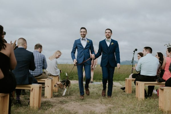 this-gorgeous-marfa-wedding-captures-the-magic-of-west-texas-33