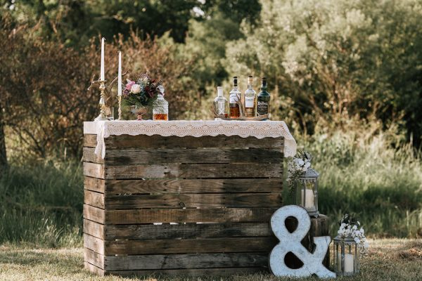 we-have-a-feeling-this-fall-wedding-inspiration-is-exactly-what-youre-looking-for-1