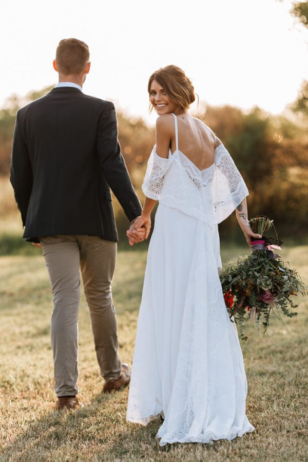 we-have-a-feeling-this-fall-wedding-inspiration-is-exactly-what-youre-looking-for-19