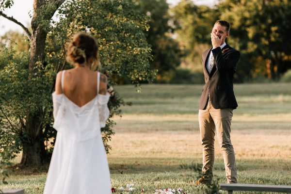 we-have-a-feeling-this-fall-wedding-inspiration-is-exactly-what-youre-looking-for-22