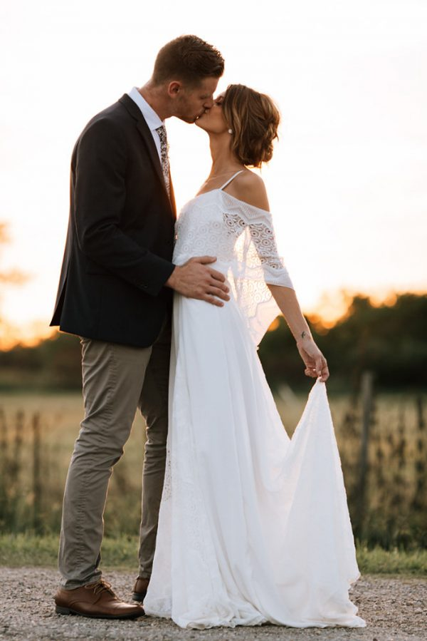 we-have-a-feeling-this-fall-wedding-inspiration-is-exactly-what-youre-looking-for-29