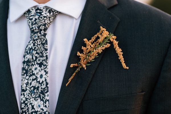we-have-a-feeling-this-fall-wedding-inspiration-is-exactly-what-youre-looking-for-31