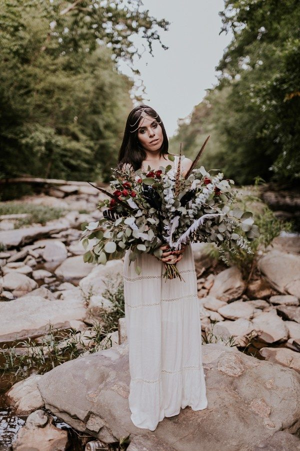 who-knew-bridal-portraits-in-a-creek-could-be-this-gorgeously-ethereal-7-600x900