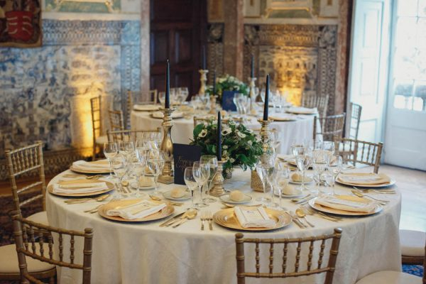 chic-lisbon-wedding-at-fronteira-palace-lookimaginary-43