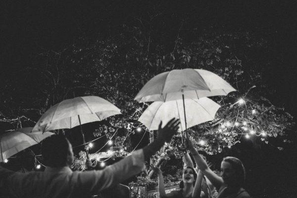 chic-lisbon-wedding-at-fronteira-palace-lookimaginary-50