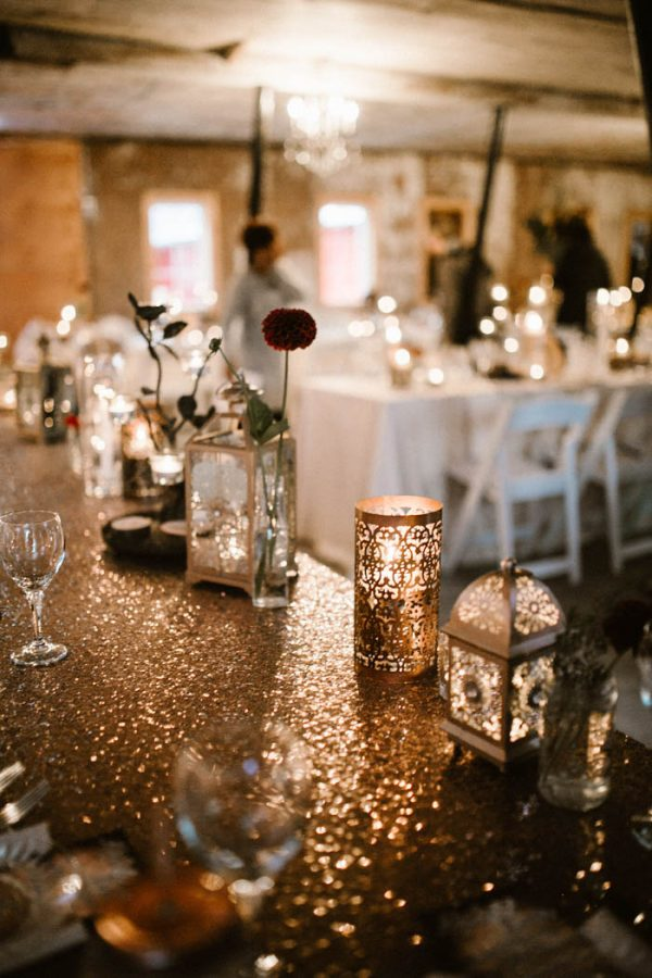 elegant-marsala-and-champagne-manitoba-wedding-at-the-rustic-wedding-barn-ariana-tennyson-photography-51