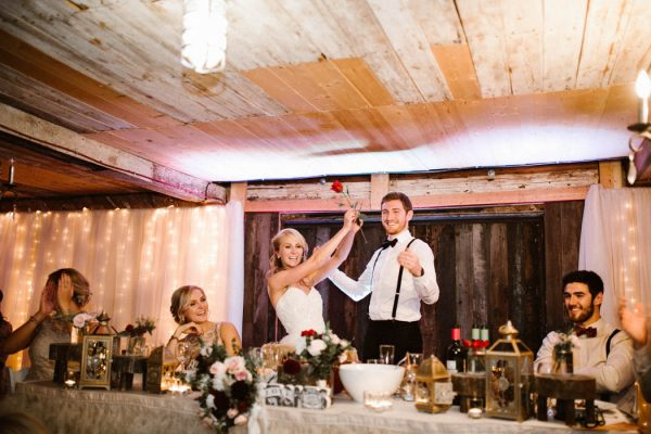 elegant-marsala-and-champagne-manitoba-wedding-at-the-rustic-wedding-barn-ariana-tennyson-photography-56