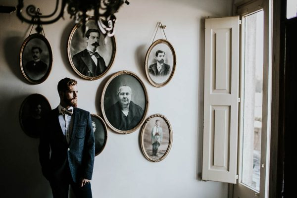 ethereal-and-dark-winter-wedding-inspiration-fresh-and-wood-5