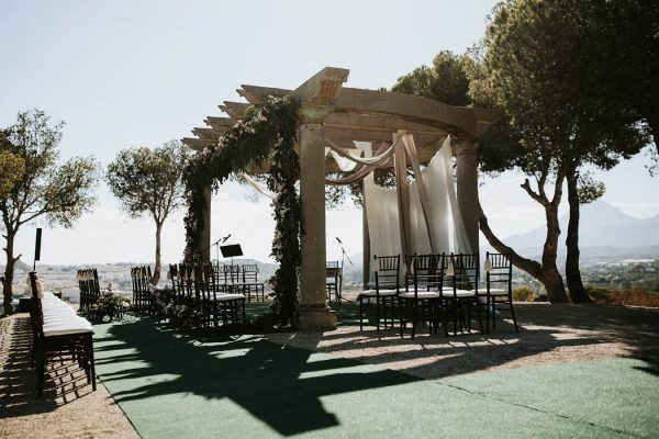 free-spirited-spanish-wedding-at-marques-de-montemolar-paloma-cruz-eventos-21