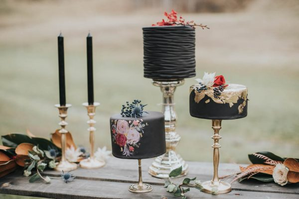 get-your-moody-color-palette-inspiration-from-this-late-fall-wedding-shoot-lindsay-nickel-photography-8