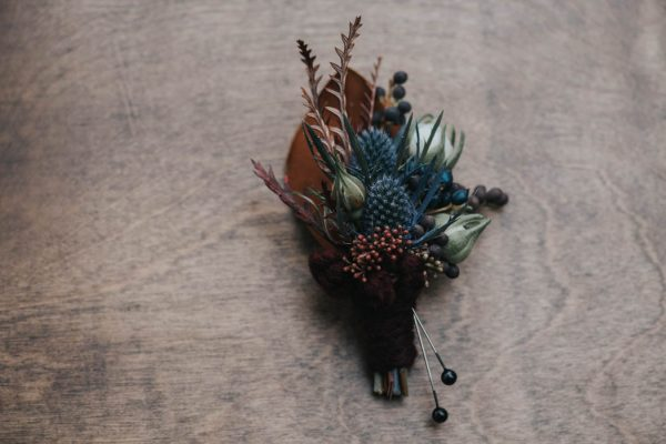 get-your-moody-color-palette-inspiration-from-this-late-fall-wedding-shoot-lindsay-nickel-photography-9