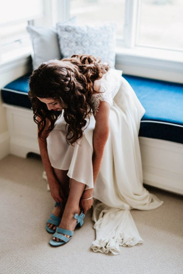 lovely-rustic-ontario-wedding-at-the-georgian-bay-club-laura-rowe-32