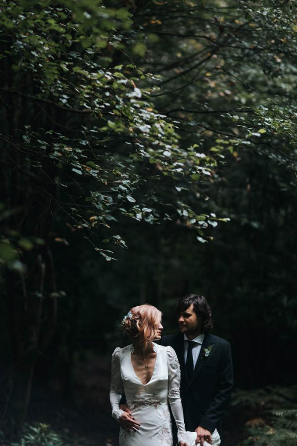 minimalist-botanical-wedding-in-a-london-backyard-miss-gen-photography-26
