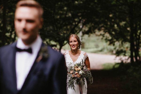 naturally-beautiful-waterfront-wedding-in-finland-patrick-karkkolainen-15