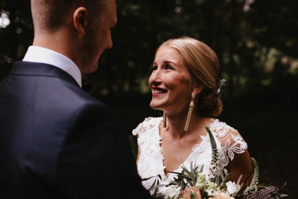 naturally-beautiful-waterfront-wedding-in-finland-patrick-karkkolainen-21