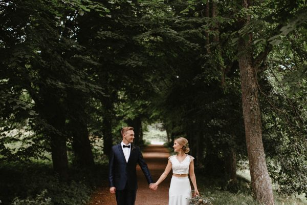 naturally-beautiful-waterfront-wedding-in-finland-patrick-karkkolainen-40