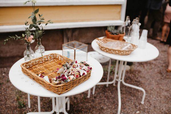 naturally-beautiful-waterfront-wedding-in-finland-patrick-karkkolainen-45
