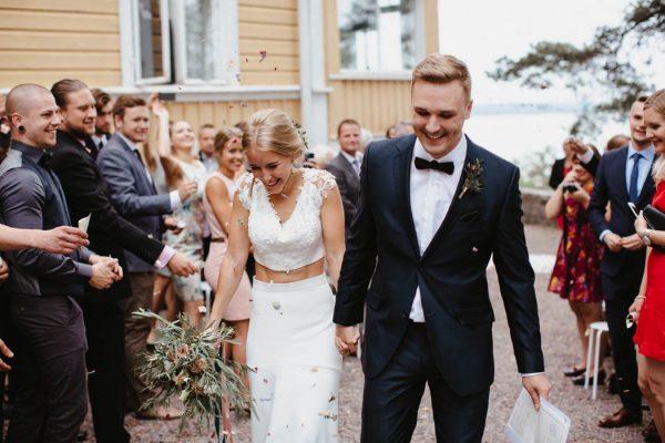 naturally-beautiful-waterfront-wedding-in-finland-patrick-karkkolainen-54