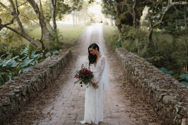 richly-romantic-australian-wedding-at-deux-belettes-jimmy-raper-photography-20