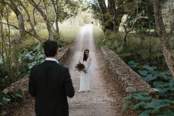 richly-romantic-australian-wedding-at-deux-belettes-jimmy-raper-photography-21