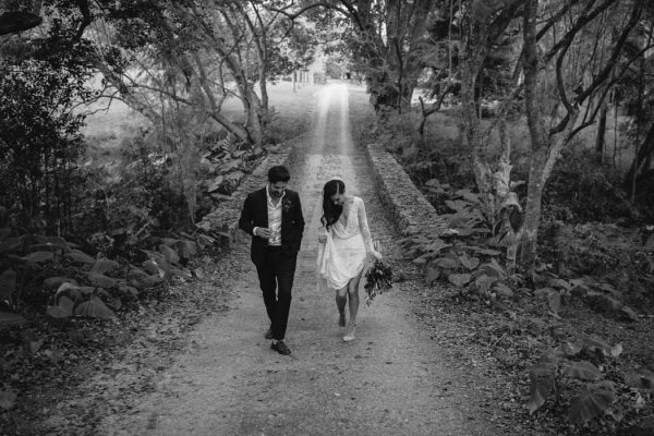 richly-romantic-australian-wedding-at-deux-belettes-jimmy-raper-photography-23