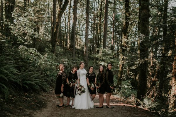 romantic-autumnal-portland-wedding-at-union-pine-olivia-strohm-photography-21