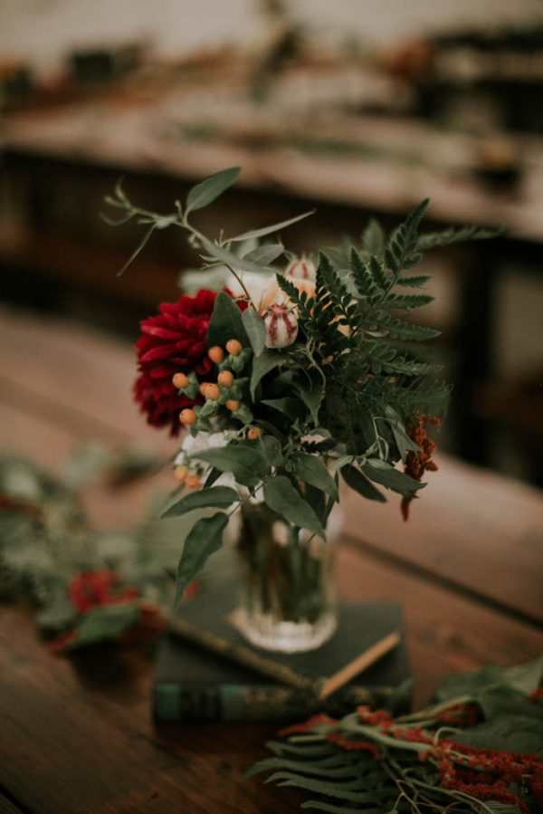 romantic-autumnal-portland-wedding-at-union-pine-olivia-strohm-photography-45
