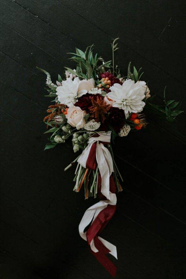 romantic-autumnal-portland-wedding-at-union-pine-olivia-strohm-photography