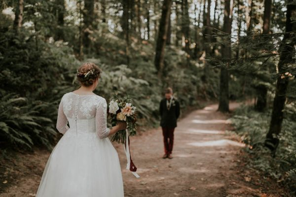 romantic-autumnal-portland-wedding-at-union-pine-olivia-strohm-photography-7