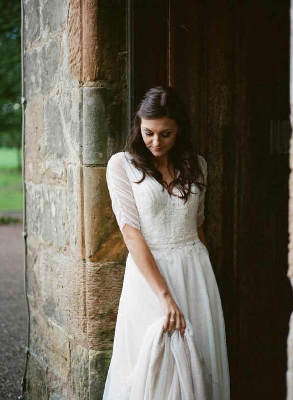 romantic-and-regal-scottish-wedding-inspiration-at-kellie-castle-archetype-studio-23