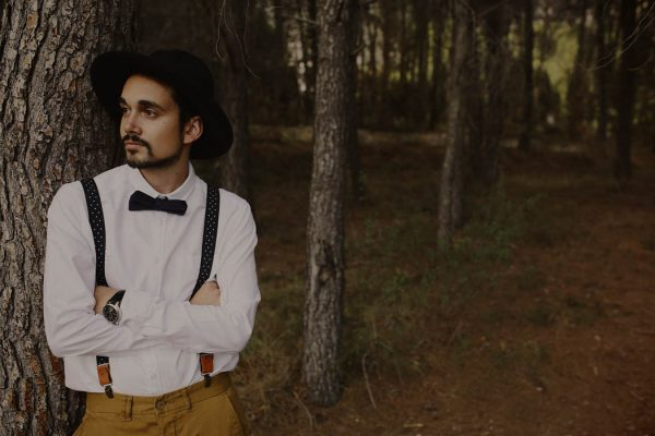 rural-spanish-elopement-in-the-woods-oscar-castro-11