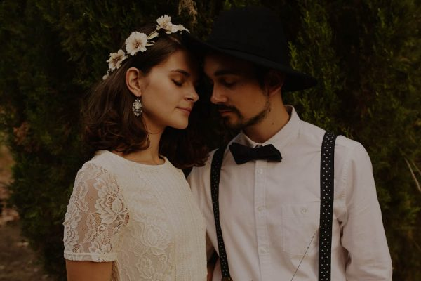 rural-spanish-elopement-in-the-woods-oscar-castro-21