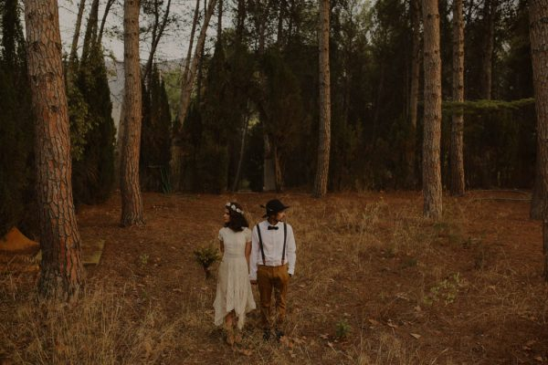 rural-spanish-elopement-in-the-woods-oscar-castro-31