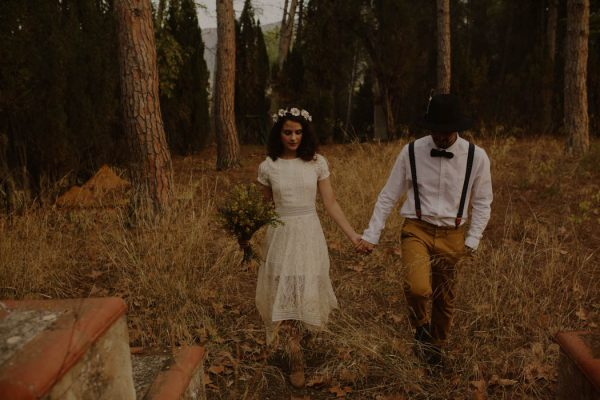 rural-spanish-elopement-in-the-woods-oscar-castro-32