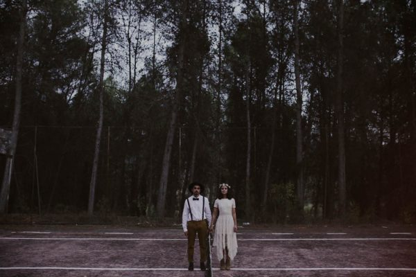 rural-spanish-elopement-in-the-woods-oscar-castro-44