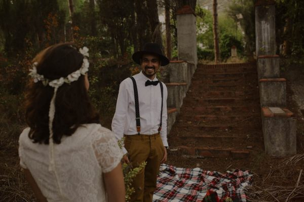 rural-spanish-elopement-in-the-woods-oscar-castro-54