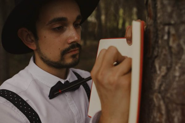 rural-spanish-elopement-in-the-woods-oscar-castro-58
