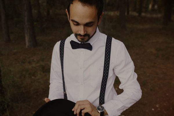 rural-spanish-elopement-in-the-woods-oscar-castro-9