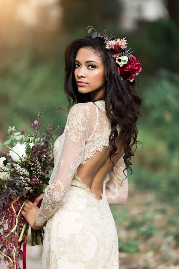 texas-bohemian-wedding-style-laguna-gloria-holly-kringer-photography-7-of-30-600x900