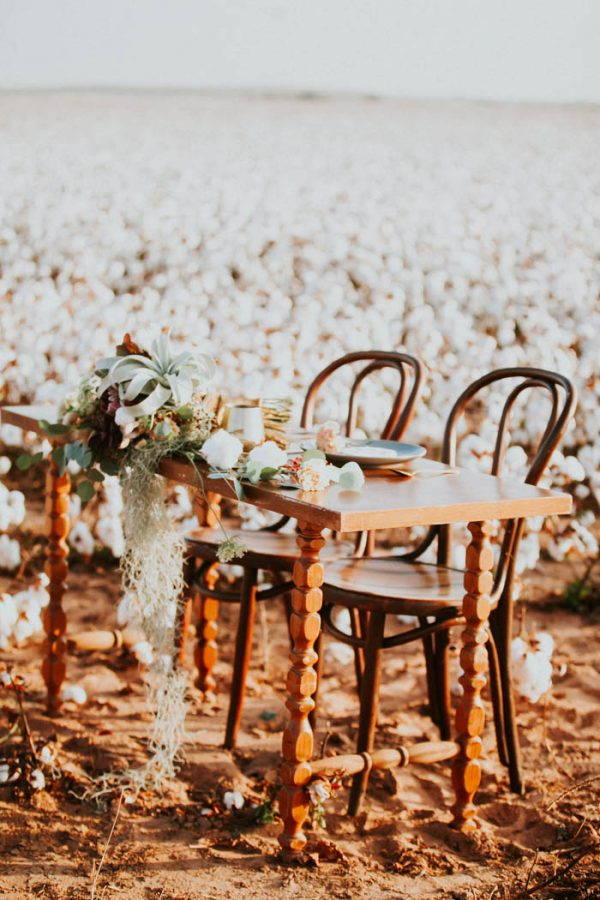 this-alternative-elopement-inspiration-in-a-cotton-field-is-perfect-for-fall-emily-nicole-photo-17